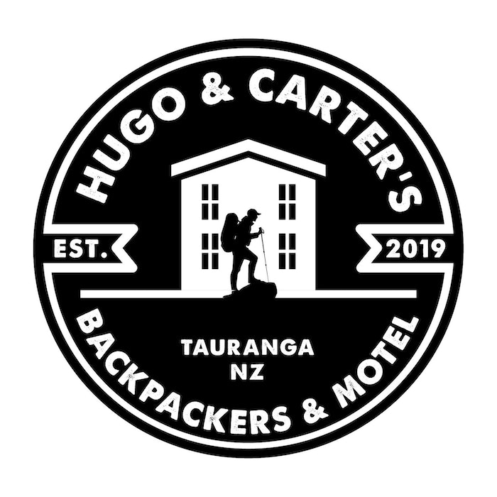 Hugo and Carter's Backpackers and Motel - logo