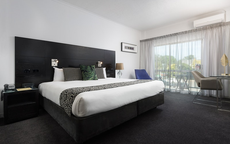 New Superior Room with King Size bed