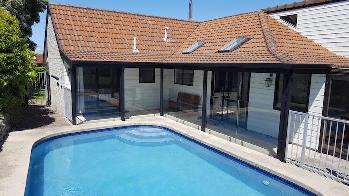 Beautiful Holiday Home & Pool - logo