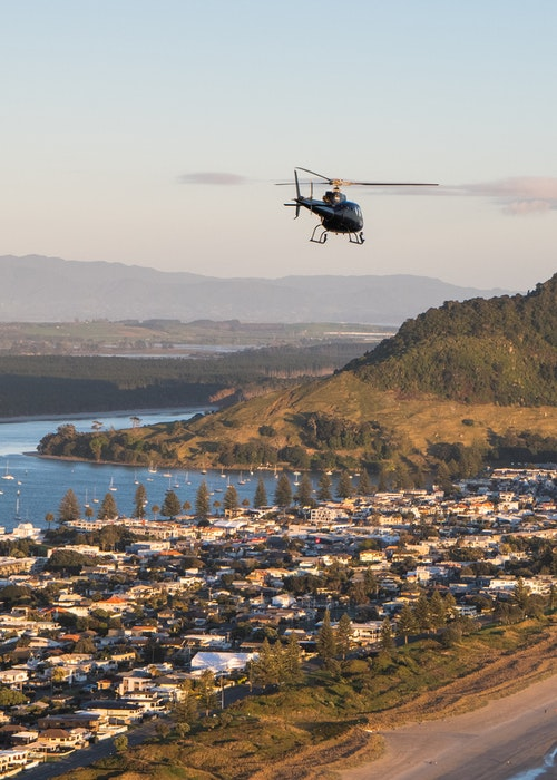 Papamoa Hills Helicopter Flight - Aerius Helicopters