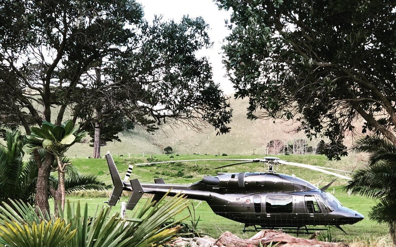 Raglan Surfers Lunch Helicopter Package