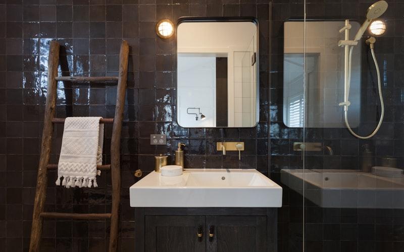 Barn One luxury bathroom