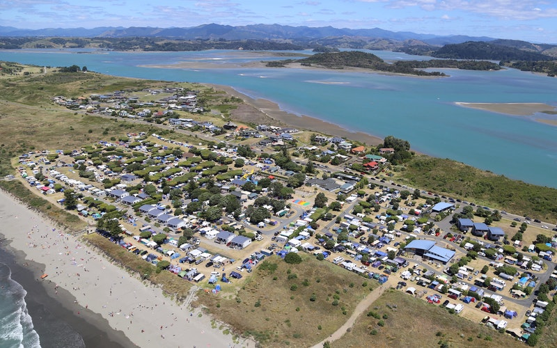 Flight over Ohope Beach TOP 10 Holiday Park